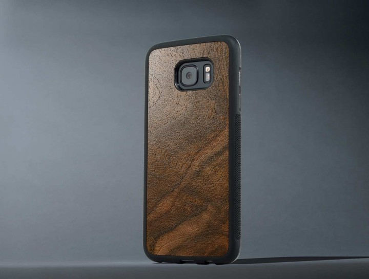 Review: S7 Edge Walnut Burl Carved Case